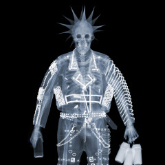 Punk x-ray - Photo © Nick Veasey